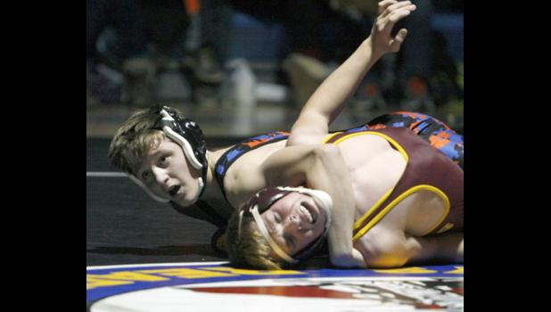 Mason Gode picked up 10-2 major decision win in his match last Thursday.